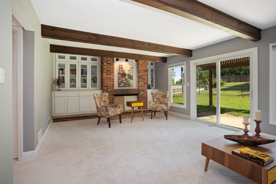 Real Estate Photography - 281 Byron Ave, Bloomingdale, IL, 60108 - Family Room