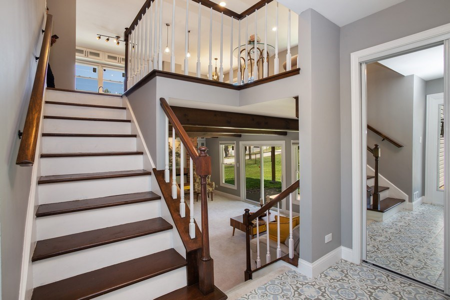 Real Estate Photography - 281 Byron Ave, Bloomingdale, IL, 60108 - Foyer