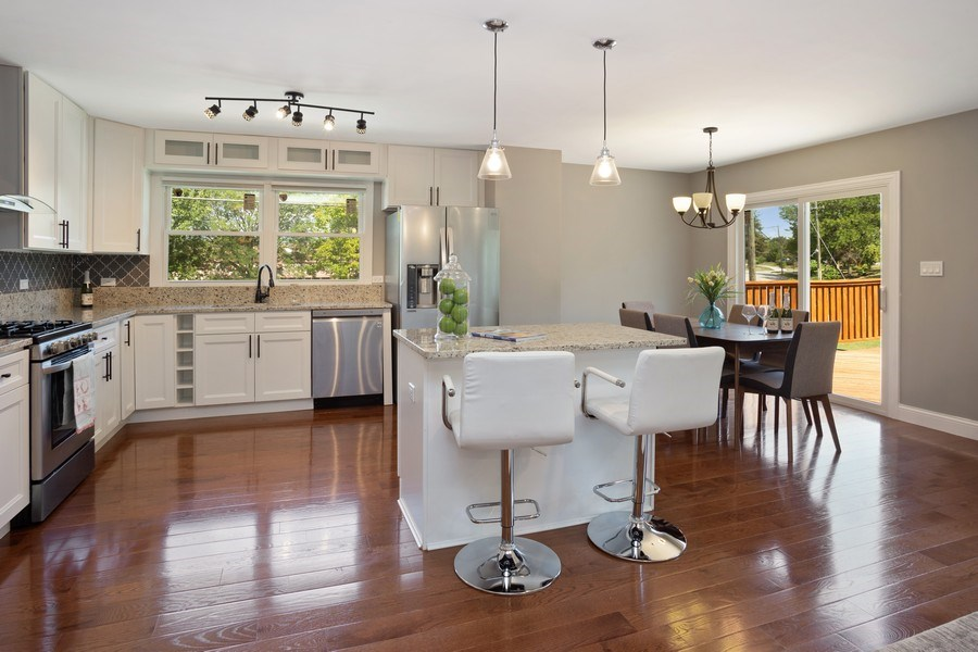 Real Estate Photography - 281 Byron Ave, Bloomingdale, IL, 60108 - Kitchen / Dining Room