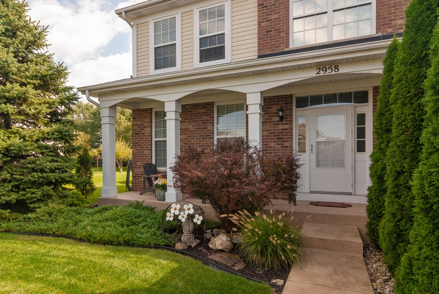 Real Estate Photography - 2958 Ellsworth Dr, Yorkville, IL, 60560 - Entryway