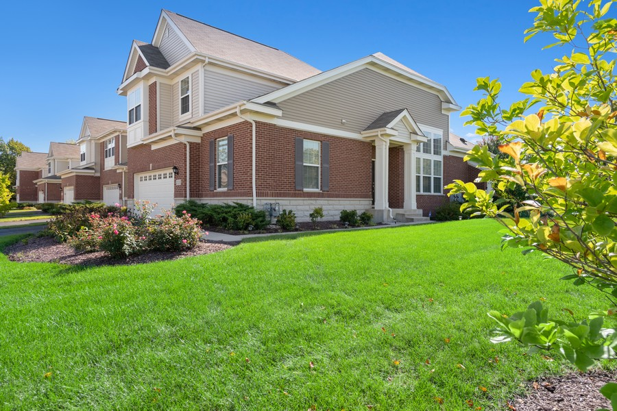 Real Estate Photography - 2720 Blakely Lane, Naperville, IL, 60540 - Front View