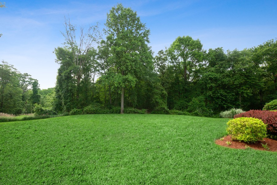 Real Estate Photography - 1048 Gambelli Dr, Yorktown Heights, NY, 10598 - Side Yard