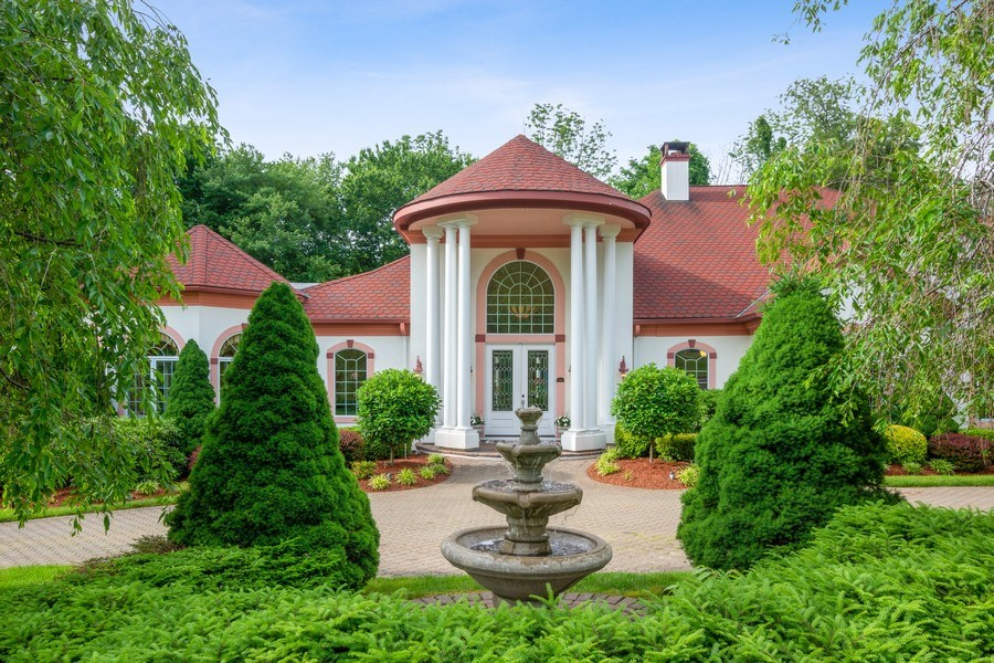 Real Estate Photography - 1048 Gambelli Dr, Yorktown Heights, NY, 10598 - Portico View