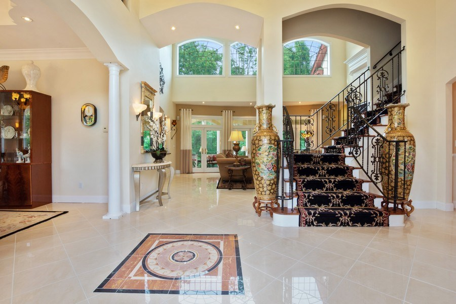 Real Estate Photography - 1048 Gambelli Dr, Yorktown Heights, NY, 10598 - Entry Hall