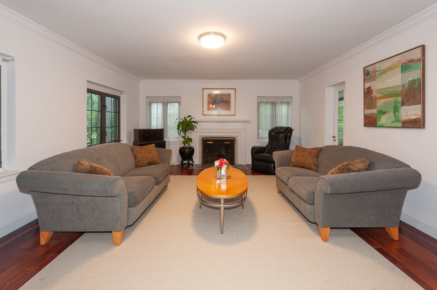 Real Estate Photography - 25 Hunter Ave, New Rochelle, NY, 10801 - Living Room