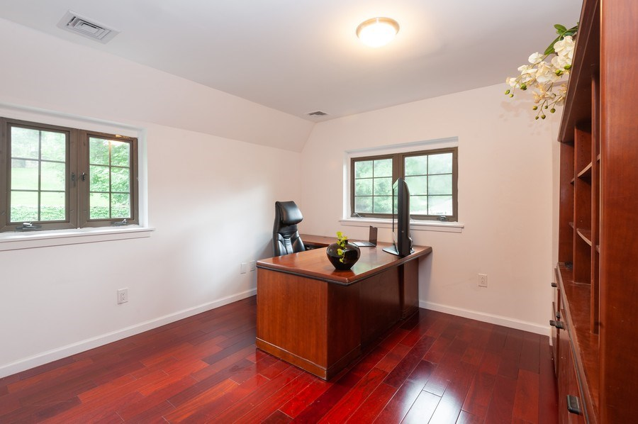 Real Estate Photography - 25 Hunter Ave, New Rochelle, NY, 10801 - Office