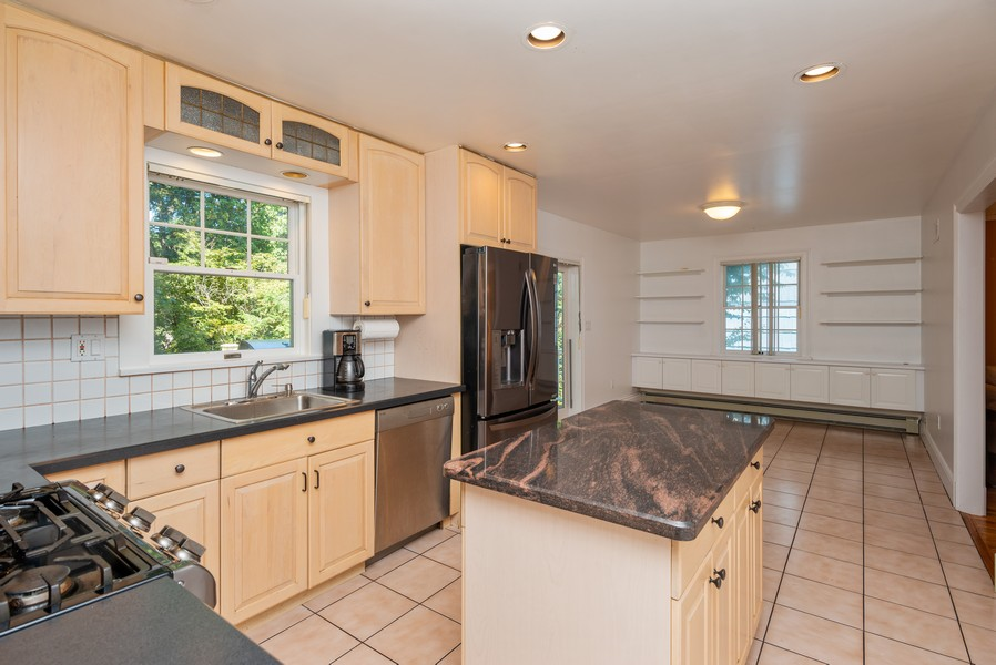 Real Estate Photography - 12 Abbey Dr, White Plains, NY, 10604 - Kitchen