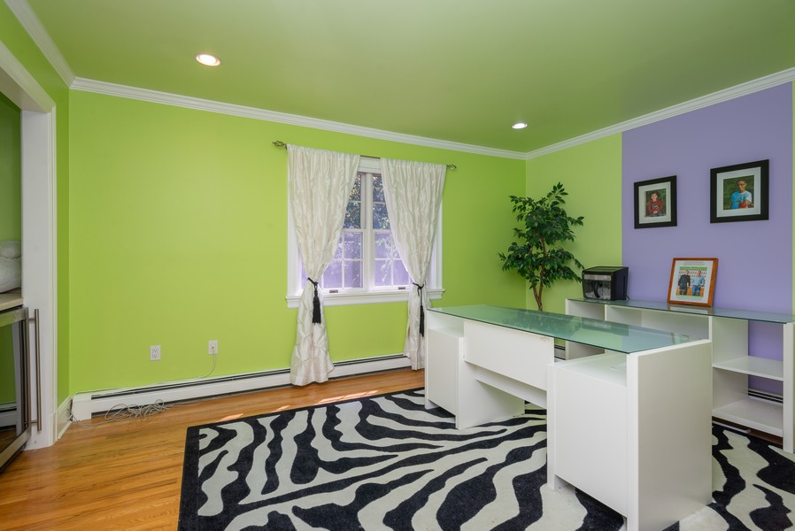 Real Estate Photography - 12 Abbey Dr, White Plains, NY, 10604 - Office