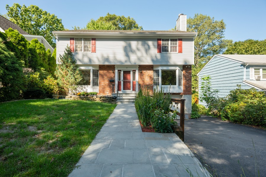 Real Estate Photography - 12 Abbey Dr, White Plains, NY, 10604 - Front View