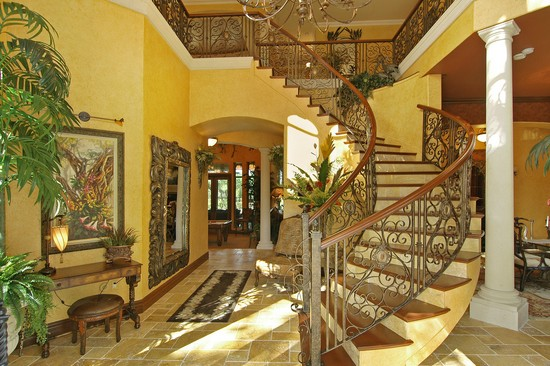 Real Estate Photography - 3109 Watrous Ave, Tampa, FL, 33629 - Foyer