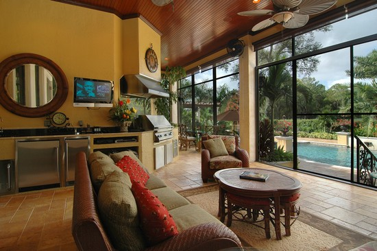 Real Estate Photography - 3109 Watrous Ave, Tampa, FL, 33629 - Lanai