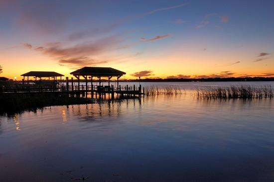 Real Estate Photography - 3755 Mullenhurst Dr, Palm Harbor, FL, 34685 - Enjoy Sizzling Sunsets