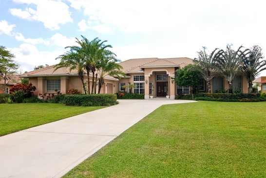 Real Estate Photography - 15540 Sunward St, Wellington, FL, 33414 - Front View