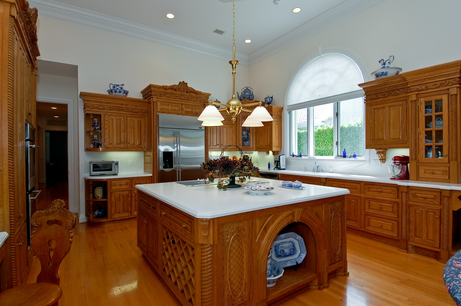 Real Estate Photography - 4252 Bocaire Blvd, Boca Raton, FL, 33487 - Kitchen