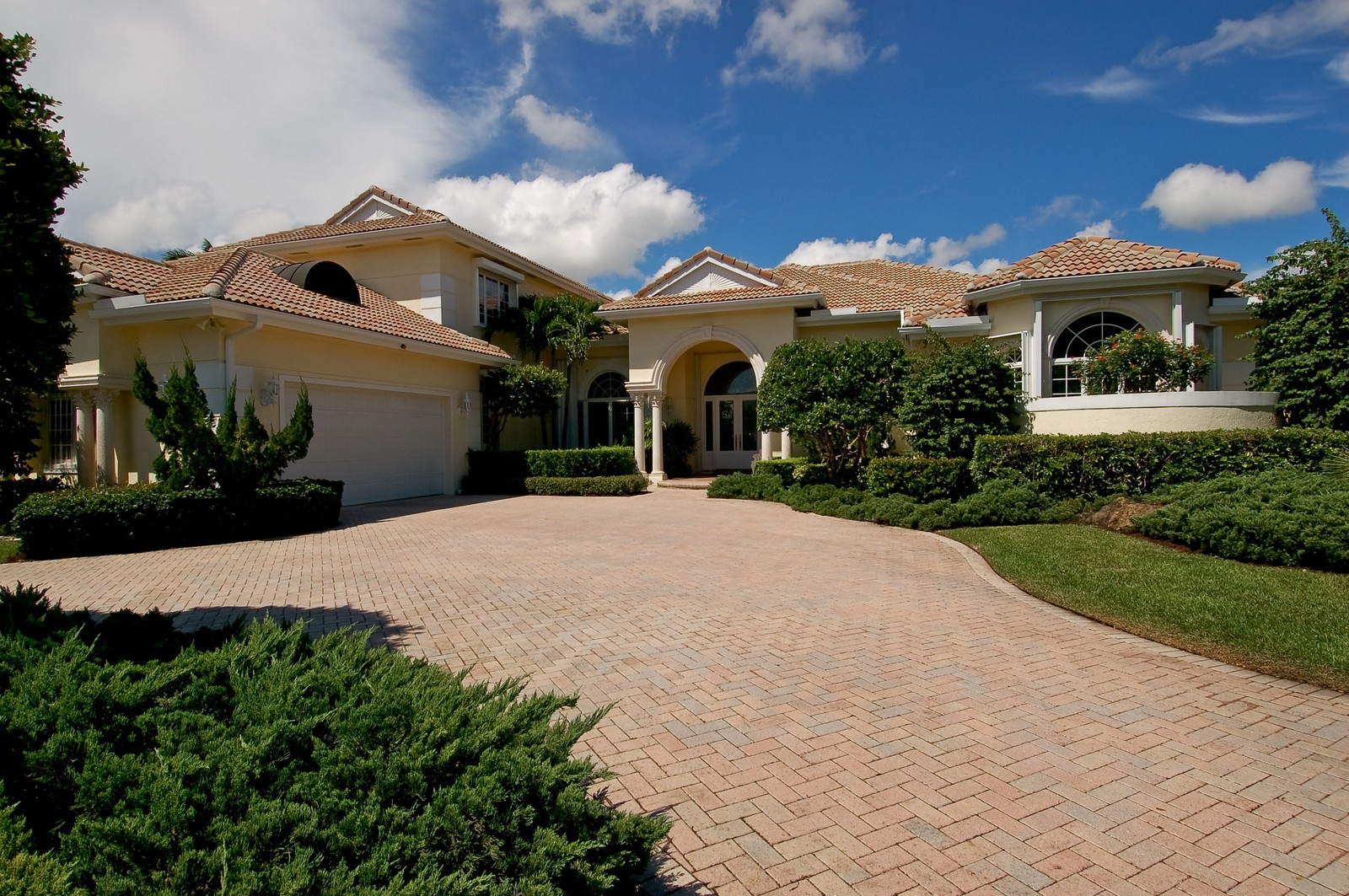 Real Estate Photography - 4252 Bocaire Blvd, Boca Raton, FL, 33487 - Front View