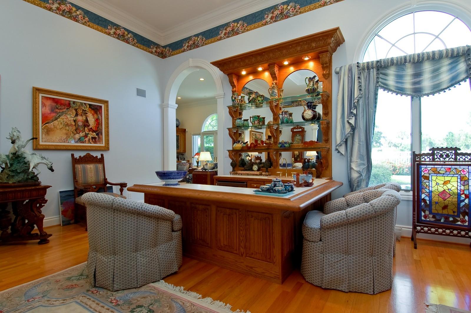 Real Estate Photography - 4252 Bocaire Blvd, Boca Raton, FL, 33487 - Bar