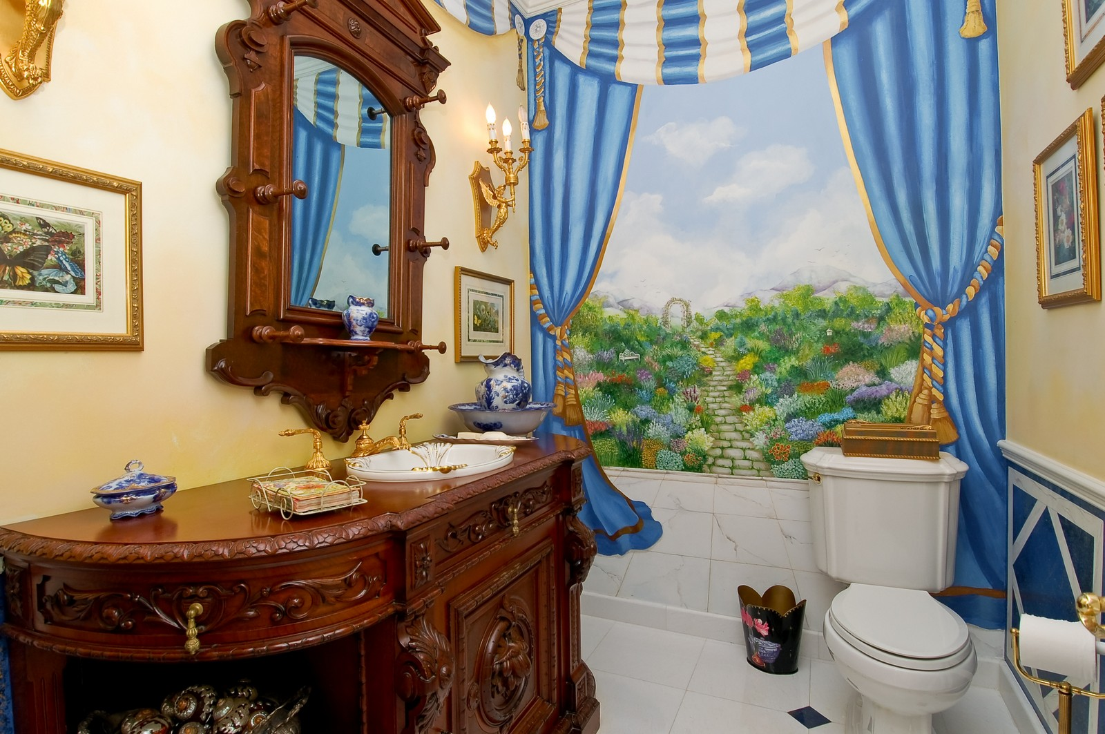 Real Estate Photography - 4252 Bocaire Blvd, Boca Raton, FL, 33487 - 2nd Bathroom