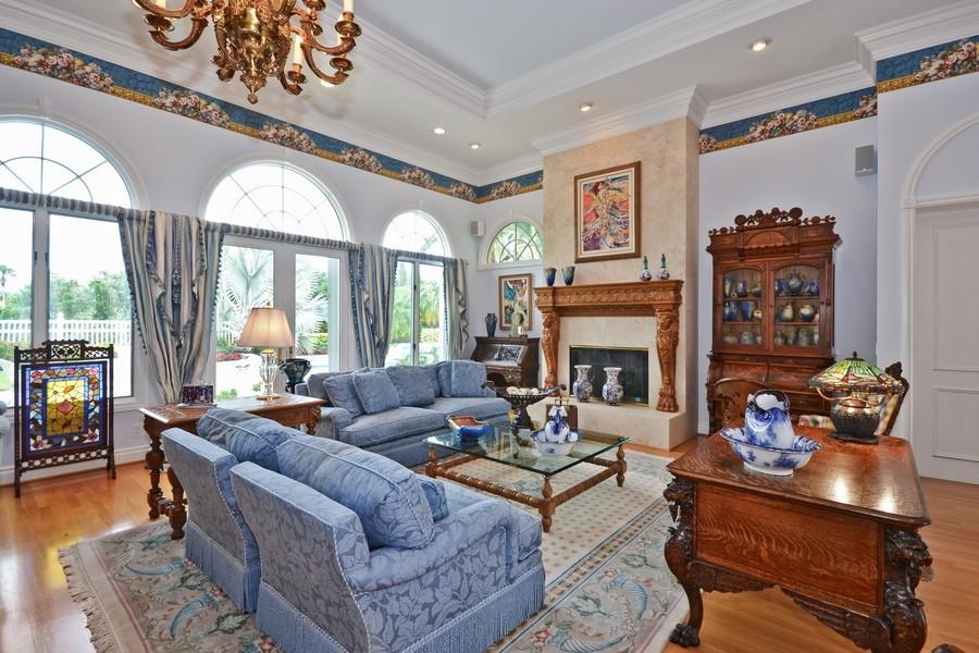 Real Estate Photography - 4252 Bocaire Blvd, Boca Raton, FL, 33487 - Living Room