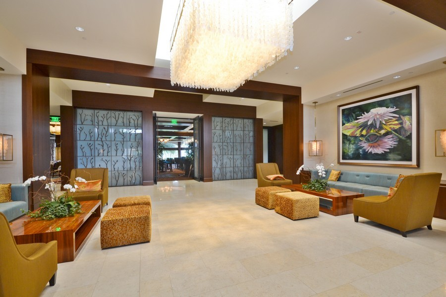 Real Estate Photography - 4252 Bocaire Blvd, Boca Raton, FL, 33487 - Lobby