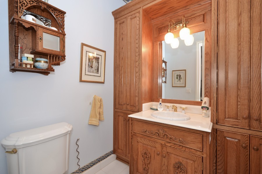 Real Estate Photography - 4252 Bocaire Blvd, Boca Raton, FL, 33487 - Bathroom