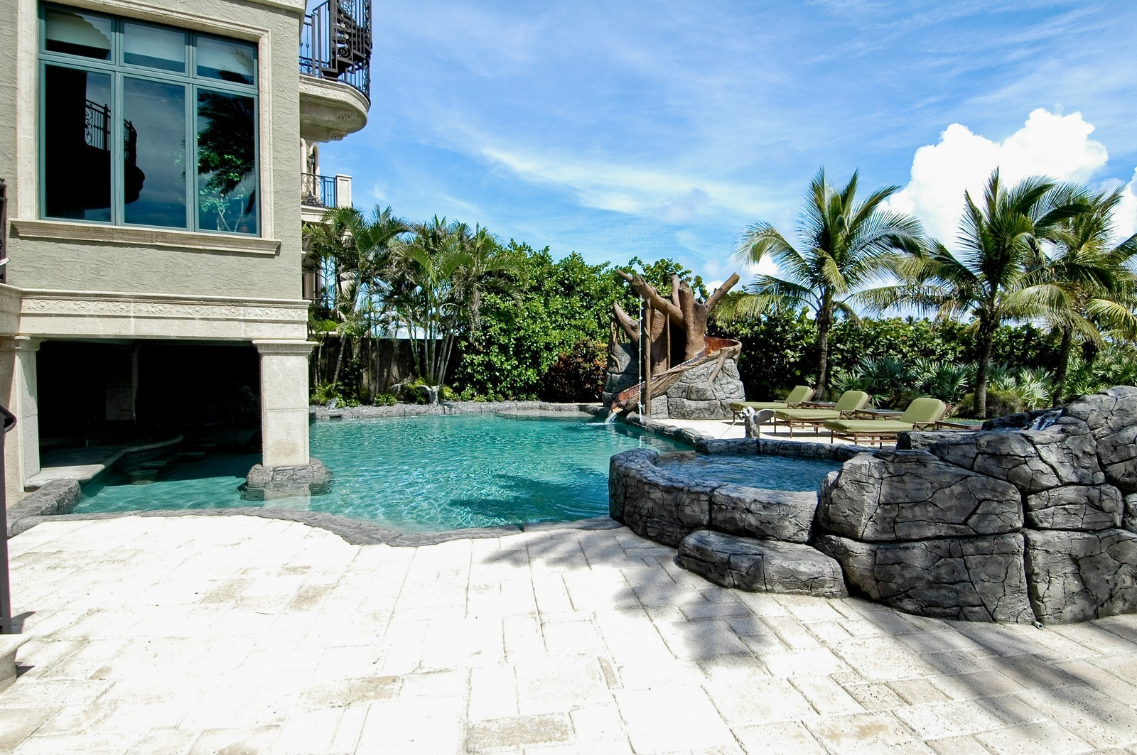 Real Estate Photography - 2306 Bay Dr, Pompano Beach, FL, 33062 - Pool