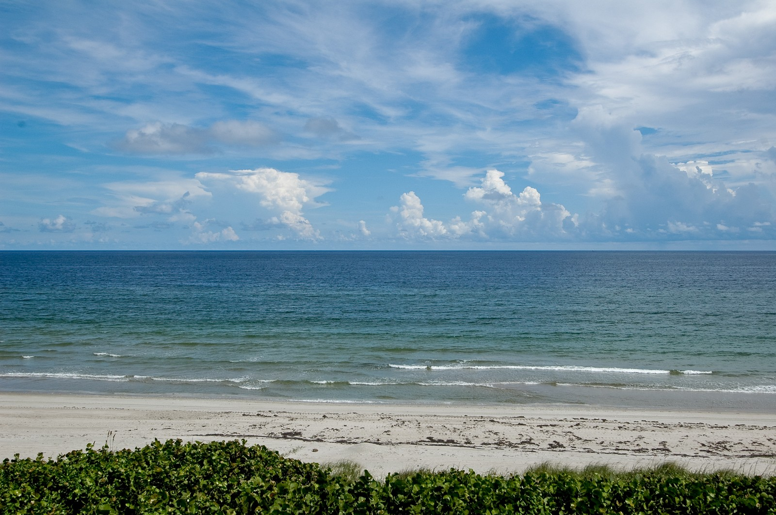 Real Estate Photography - 999 Hillsboro Mile, Hillsboro Beach, FL, 33062 - Beach