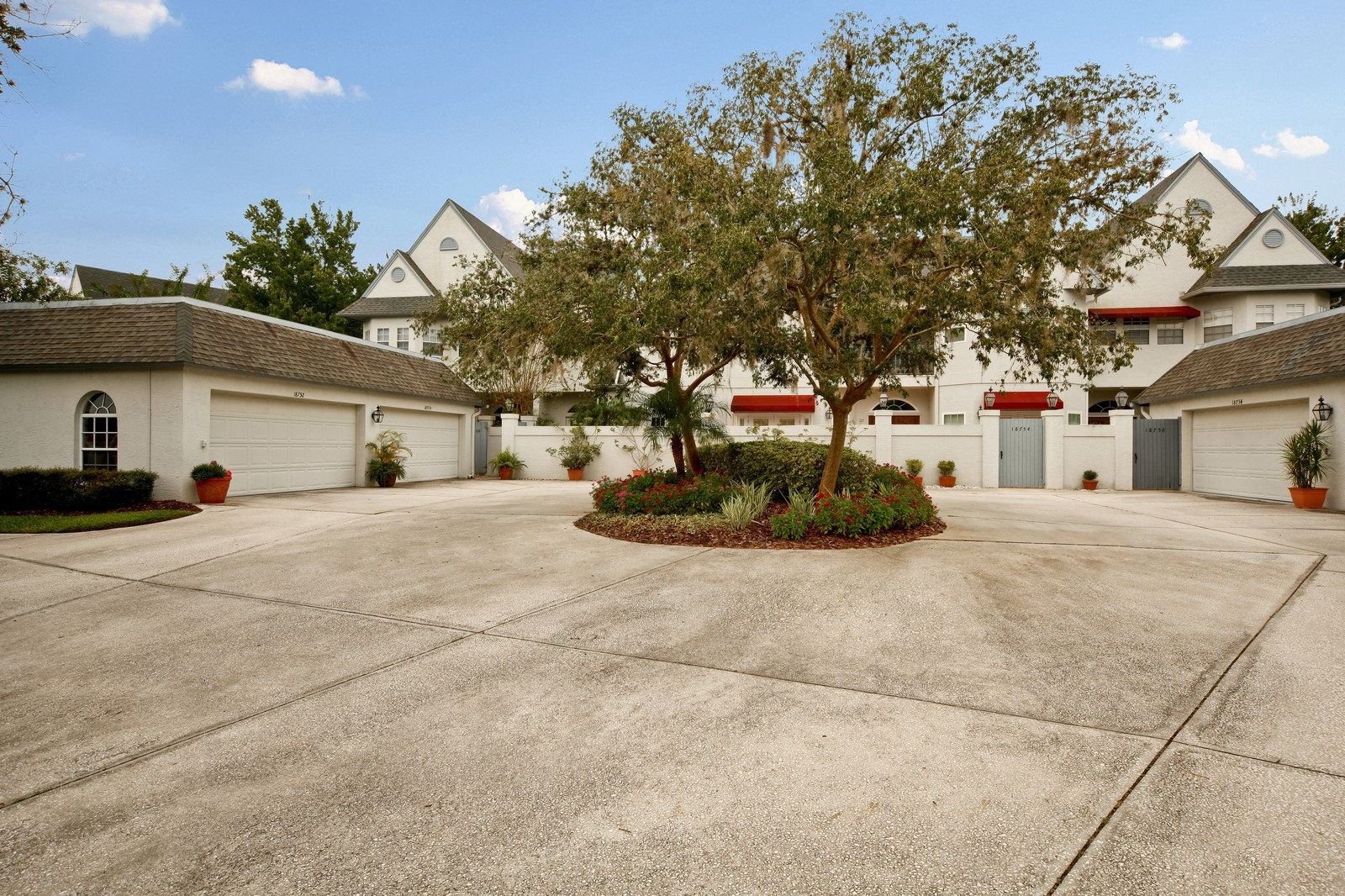 Real Estate Photography - 18750 Wimbledon Cir, Lutz, FL, 33558 - Front View