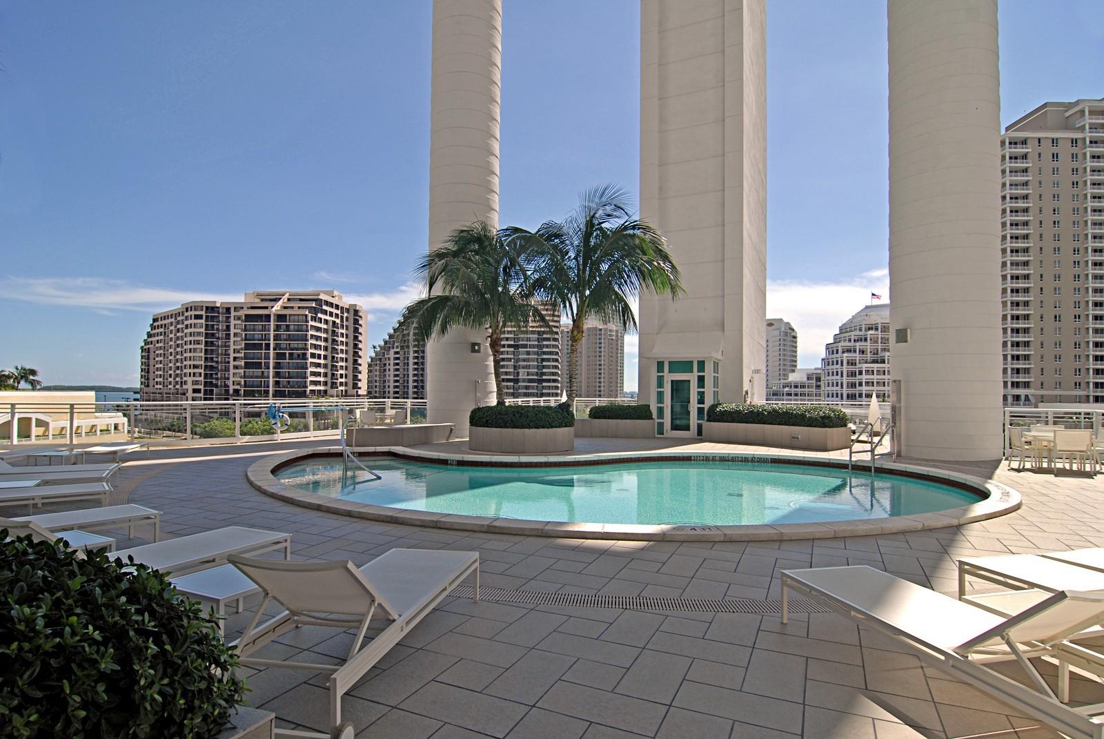 Real Estate Photography - 900 Brickell Key Blvd, Apt 3004, Miami, FL, 33131 - Pool