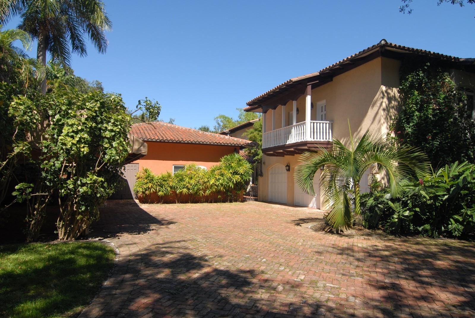 Real Estate Photography - 4845 Davis Rd, Miami, FL, 33143 - Garage