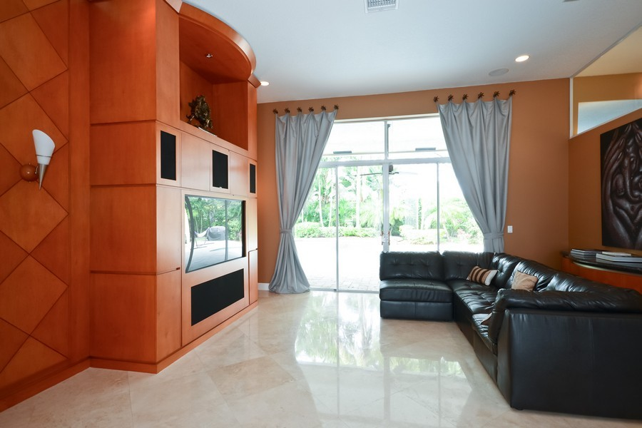Real Estate Photography - 9705 NW 63 Pl, Parkland, FL, 33076 - Location 1