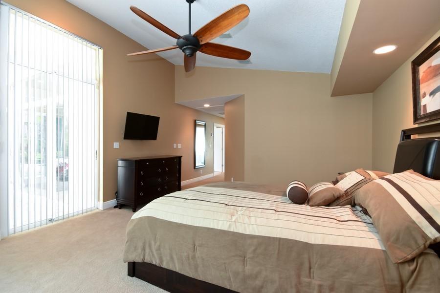 Real Estate Photography - 9705 NW 63 Pl, Parkland, FL, 33076 - Master Bedroom