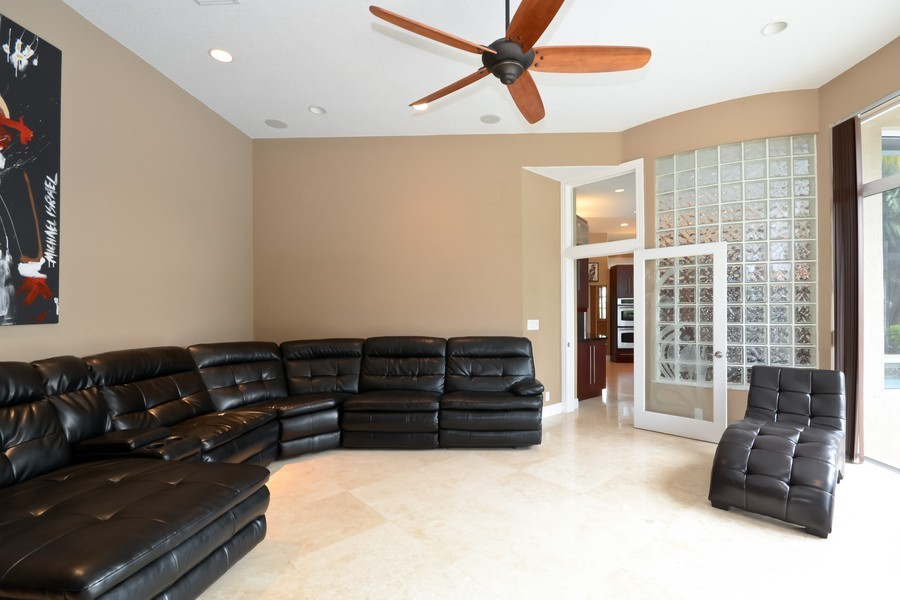 Real Estate Photography - 9705 NW 63 Pl, Parkland, FL, 33076 - Location 5