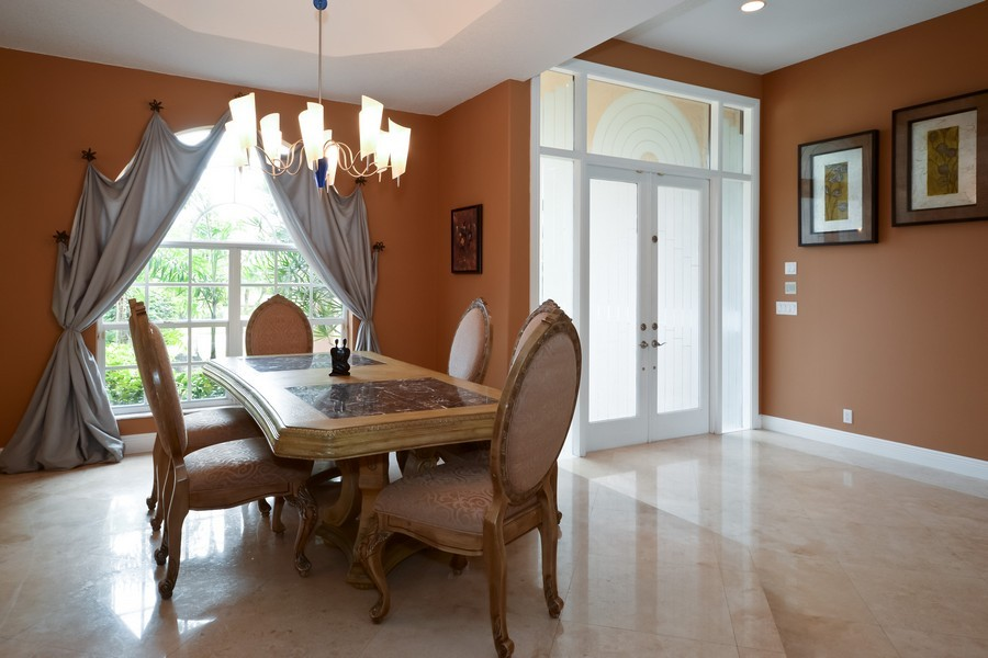 Real Estate Photography - 9705 NW 63 Pl, Parkland, FL, 33076 - Location 6