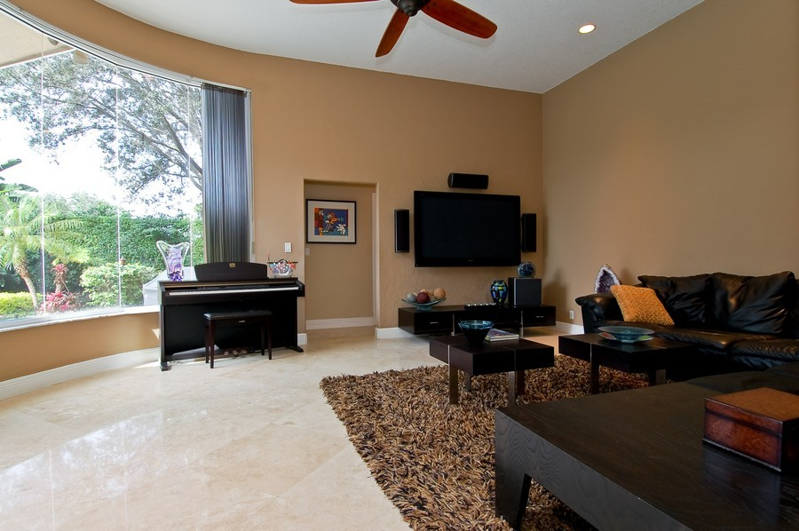 Real Estate Photography - 9705 NW 63 Pl, Parkland, FL, 33076 - Family Room