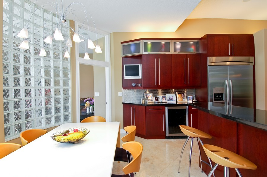 Real Estate Photography - 9705 NW 63 Pl, Parkland, FL, 33076 - Breakfast Area