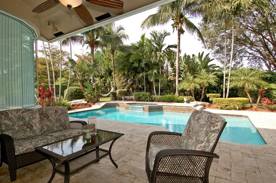 Real Estate Photography - 9705 NW 63 Pl, Parkland, FL, 33076 - Patio