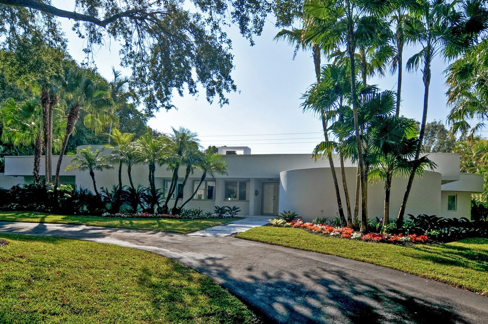 Real Estate Photography - 6500 SW 135th Ter, Pinecrest, FL, 33156 - Front View