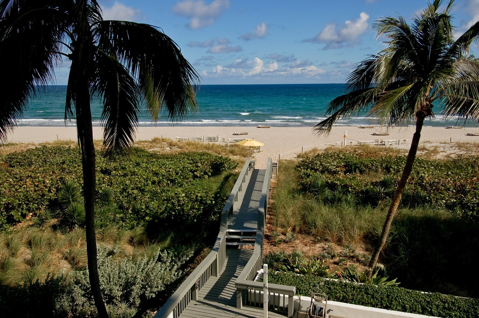 Real Estate Photography - 1400 S Ocean Blvd, Unit N1103-1104, Boca Raton, FL, 33432 - Walking Path
