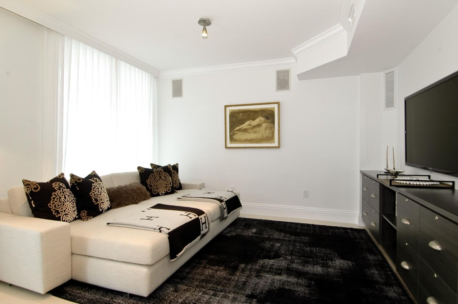 Real Estate Photography - 5801 Collins Ave, Unit 1000, Miami Beach, FL, 33140 - Den