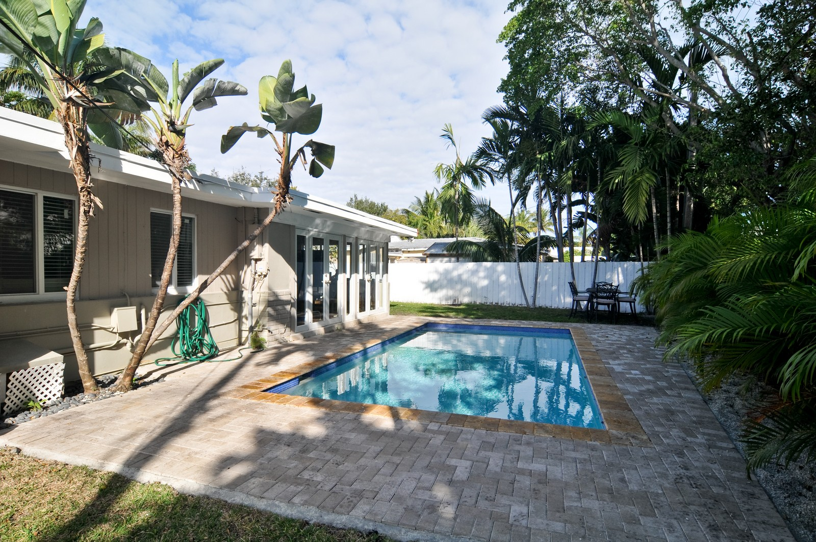 Real Estate Photography - 285 Glenrigde Rd, Key Biscayne, FL, 33149 - Pool