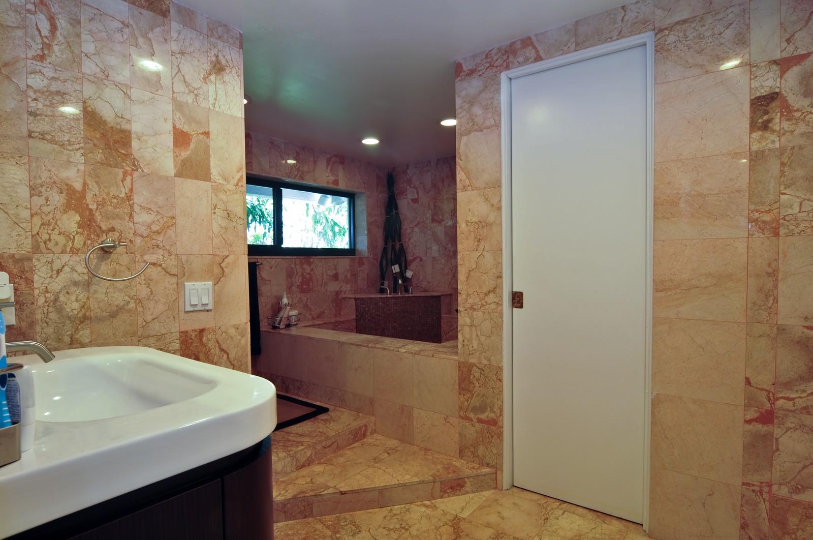 Real Estate Photography - 17125SW 80th Ct., Palmetto Bay, FL, 33157 - Master Bathroom