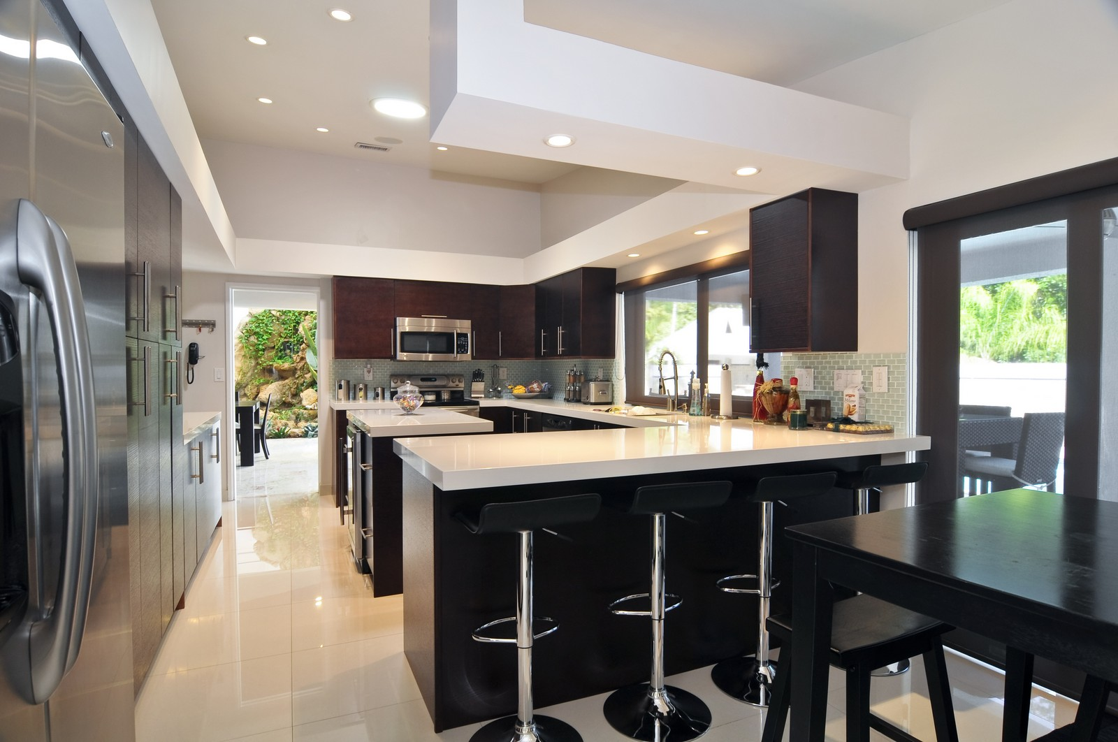 Real Estate Photography - 17125SW 80th Ct., Palmetto Bay, FL, 33157 - Kitchen / Breakfast Room