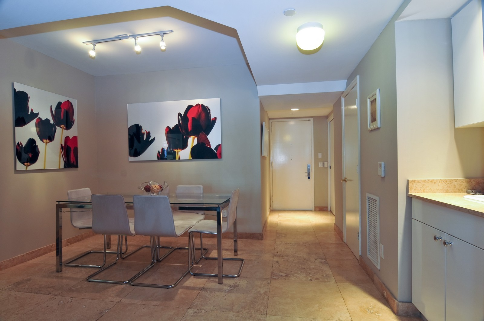 Real Estate Photography - 4775 Collins Ave, Unit 3708, Miami Beach, FL, 33140 - Dining Room