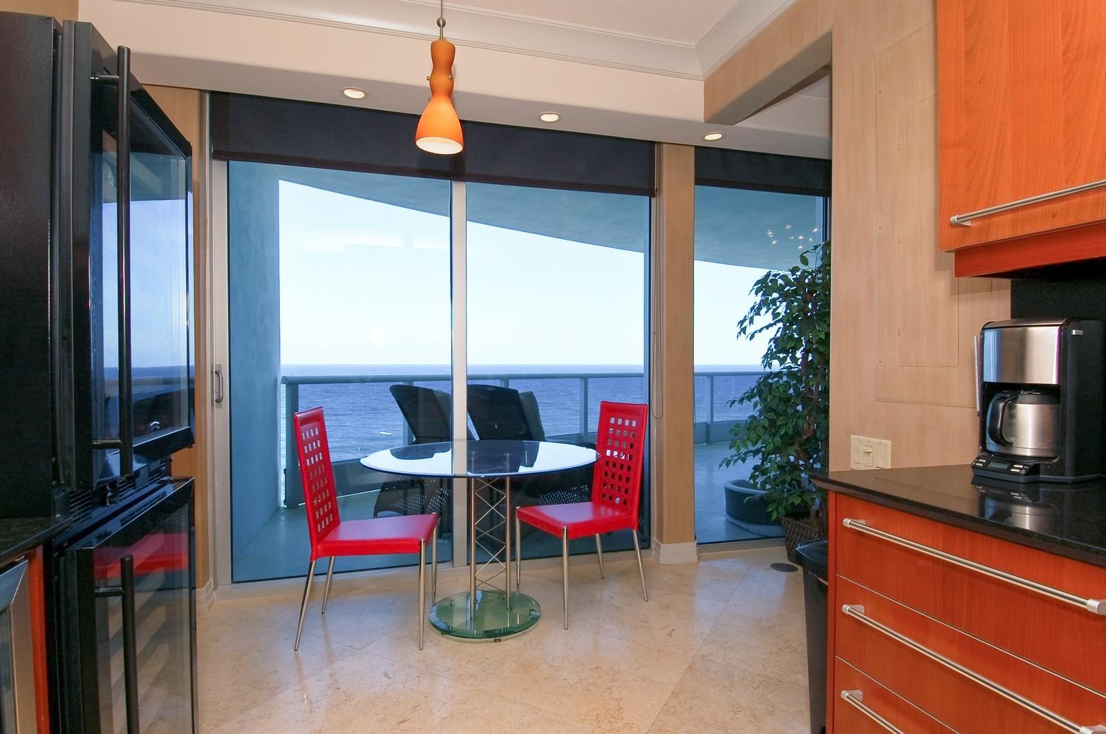 Real Estate Photography - 1600 S Ocean Blvd, Apt 802, Pompano Beach, FL, 33062 - Breakfast Area