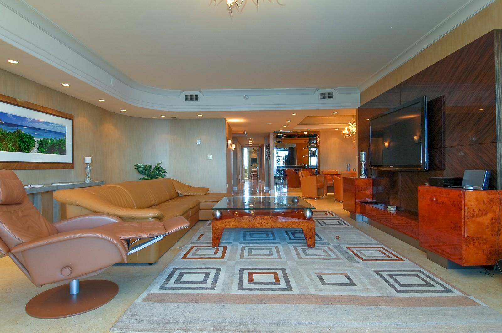 Real Estate Photography - 1600 S Ocean Blvd, Apt 802, Pompano Beach, FL, 33062 - Family Room / Kitchen