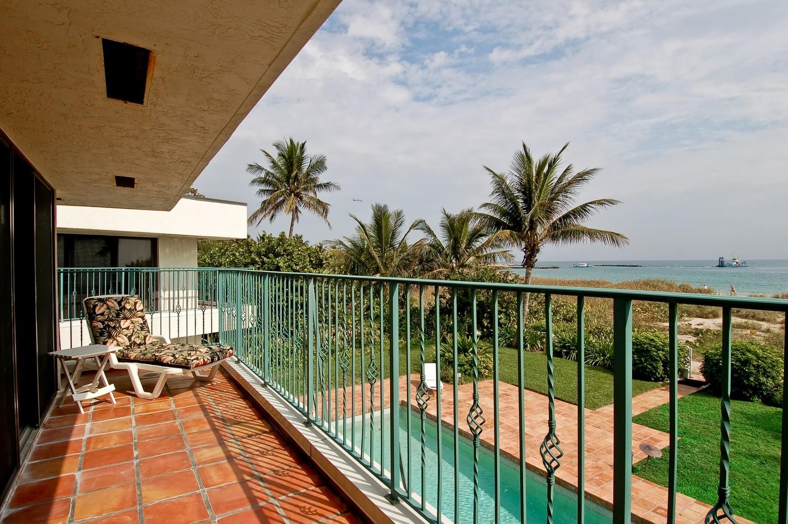 Real Estate Photography - 2004 Bay Dr, Pompano Beach, FL, 33062 - Balcony