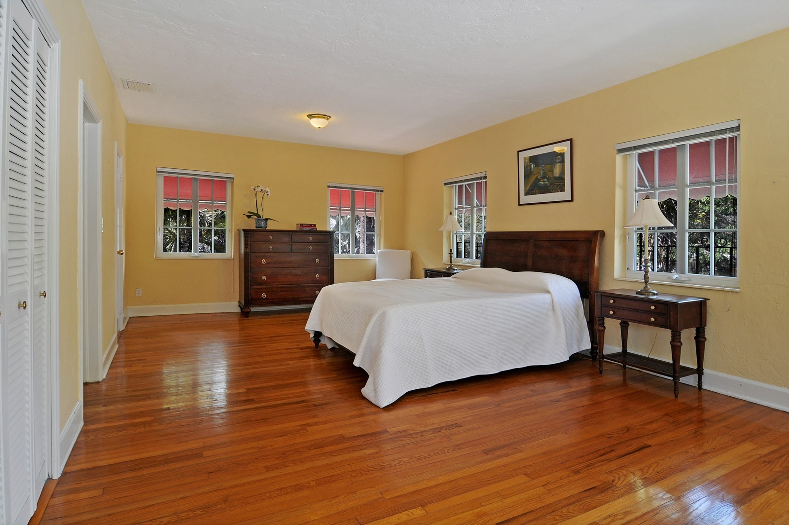 Real Estate Photography - 536 Alhambra, Coral Gables, FL, 33134 - Master Bedroom