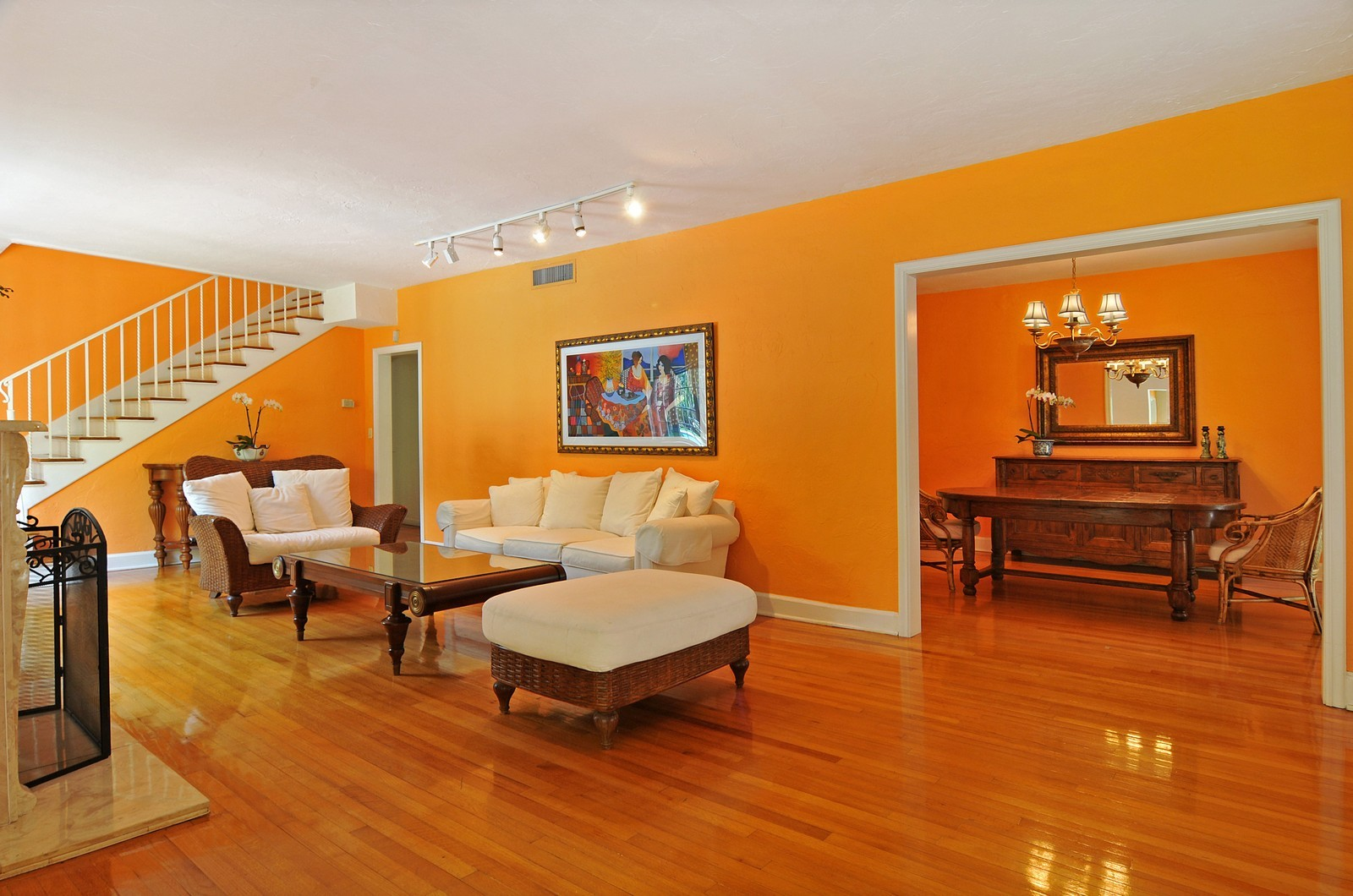 Real Estate Photography - 536 Alhambra, Coral Gables, FL, 33134 - Living Room / Dining Room
