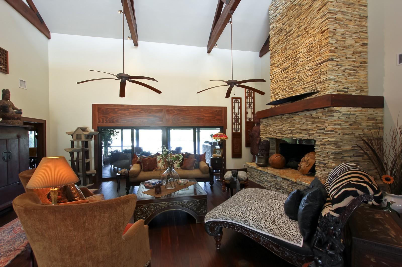 Real Estate Photography - 18300 SE Loxahatchee River Rd, Jupiter, FL, 33458 - Living Room