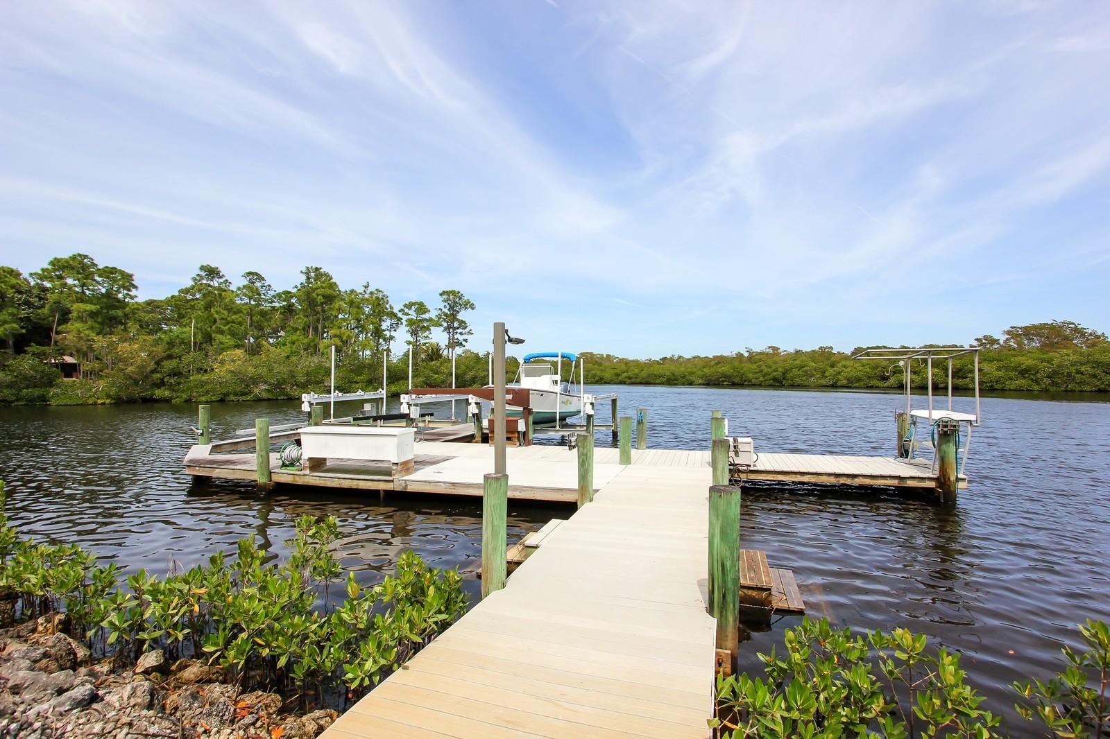 Real Estate Photography - 18300 SE Loxahatchee River Rd, Jupiter, FL, 33458 - Dock